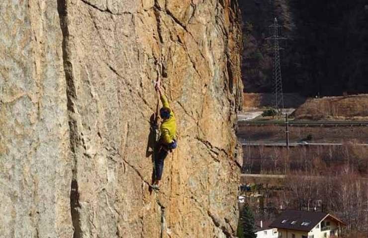 Fabian Borter climbs one of the heaviest Trad routes in Switzerland: Hanuman in the Brigerbad