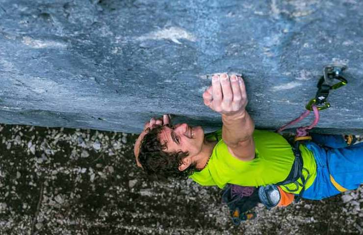 Five reasons-why-finger force-important-ist_Adam-Ondra_Bild-Petr Pavlicek