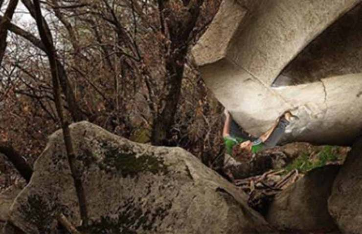 Fabian Buhl gets the third ascent of Boulder Iur in Cresciano