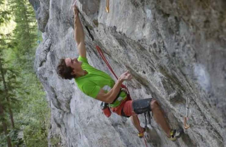 Adam Ondra climbs 8c +, 8b / b +, 8a + and 7c + onsight within three hours