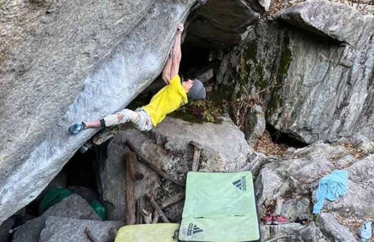 Vadim Timonov in Swiss bouldering areas: he came, saw and climbed