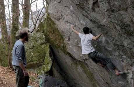 Paul Robinson: Zweite Begehung des Boulders Murder One (8a+) in Cevio