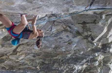 Laura Rogora (19) makes short work of Pure Dreaming (9a)
