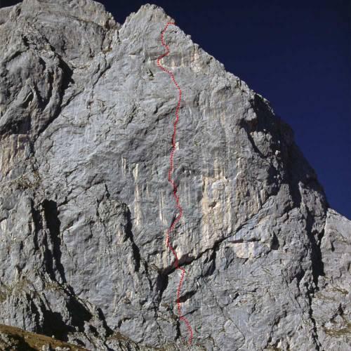 So verläuft die Route Unendliche Geschichte an der 7. Kirchlispitze im Rätikon. (Bild Beat Kammerlander)
