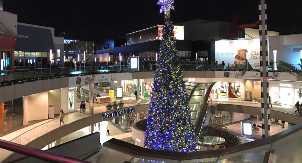 Santa Monica Place Mall at the end of Third Street Promenade