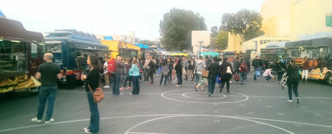Food Trucks at Santa Monica High