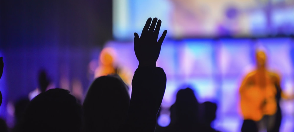 20 Ways to Pray for Worship Leaders