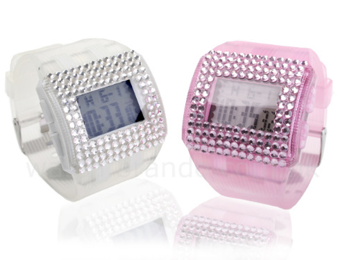 elegant-watches-with-crystals-from-brando