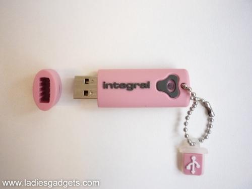 3 Integral Splash 8GB USB 2.0 Flash Drive - Review