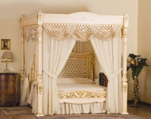 Luxurious Bed With Gold and Diamonds Takes Your Breath