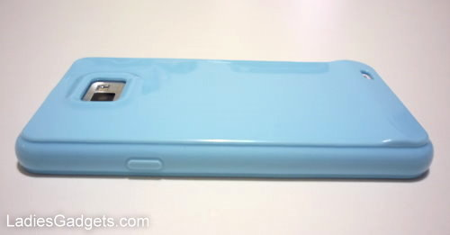Hands on Review Sky Blue Gel Skin Case (1)
