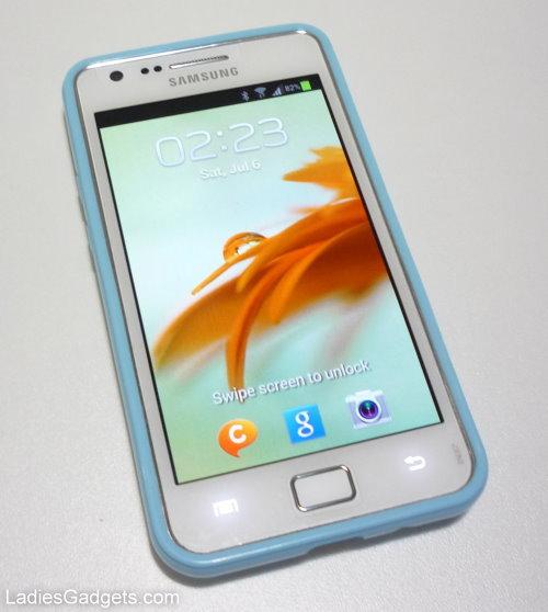 Hands on Review Sky Blue Gel Skin Case (4)