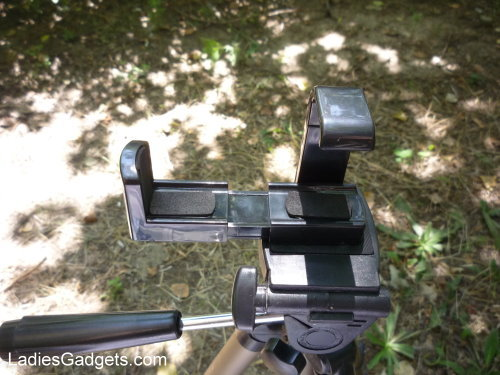 Hands on Review Tmart Tripod Adapter for Smartphones (5)