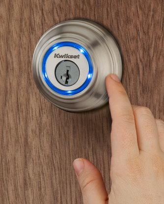 Kwikset Kevo Unlock the Door With Your Smartphone (4)