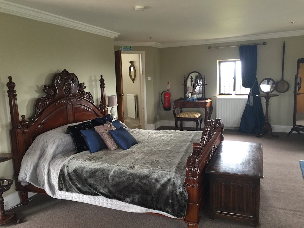 Walton castle bedroom |Ladies What Travel