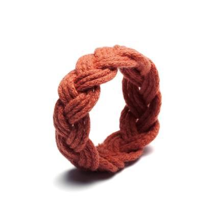 http://www.deern.nl/shop/accessoires/sailor-knot-roest/