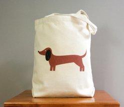 https://www.etsy.com/nl/listing/81459907/dachshund-canvas-tote-bag-new-size