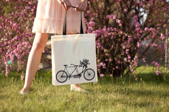 https://www.etsy.com/nl/listing/111250065/bicycle-built-for-flowers-canvas-tote