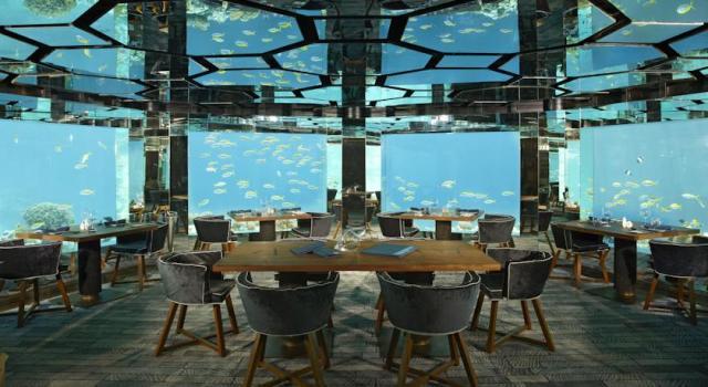 onderwater hotel 6 - booking.com