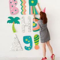 https://www.bloglovin.com/blogs/oh-happy-day-2622736/giant-cardboard-letter-installation-4959220049