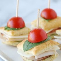 http://www.countryliving.com/food-drinks/g2608/afternoon-tea-sandwiches/?slide=13
