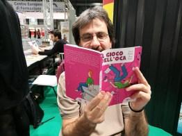 Mauro Ferrero con il suo Gioco dell'Oca per Tunueè
