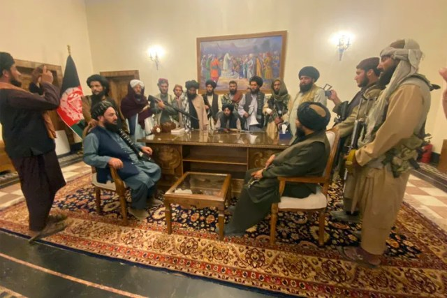 Taliban takes control of presidential palace, poses for pictures inside