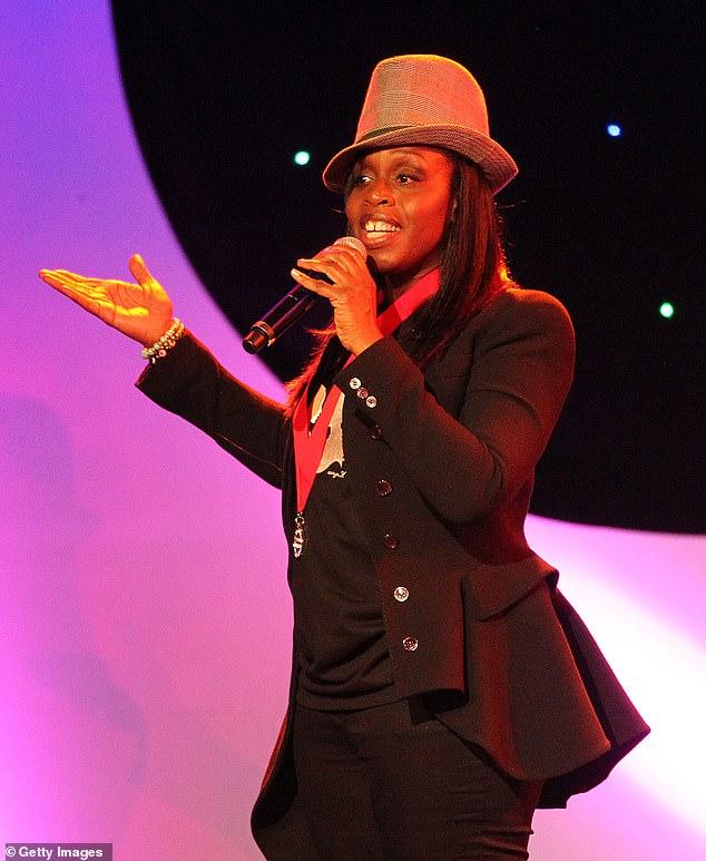 R&B singer-songwriter Andrea Martin dies at 49
