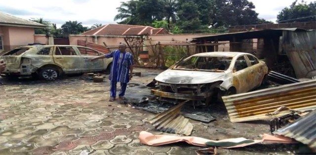 70 houses destroyed, 15 vehicles razed as security operatives raid suspected oil thieves in Imo community