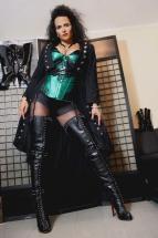 Domina Lady Alina K%C3%B6ln 14 143x215 - Outfit Domina Lady Alina