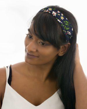 headband noir femme à fleurs blanches