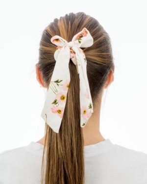Chouchou foulard blanc à fleurs roses