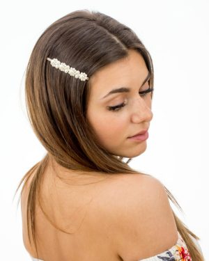 épingle à cheveux avec des perles blanches nacrées