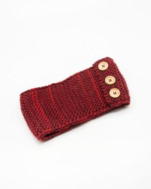 bandeau cheveux en tricot rouge avec boutons