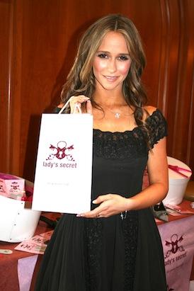 Jennifer Love Hewitt Lady's Secret inlegzolen