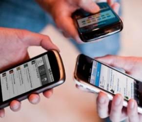 Sei dipendente da smartphone? Arriva l'App che te lo svela