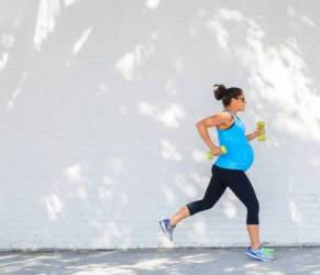 Sport in gravidanza? Fa bene alla pressione e allontana cesareo
