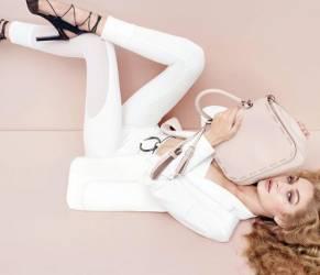 Gigi Hadid, la modella testimonial per Max Mara FOTO