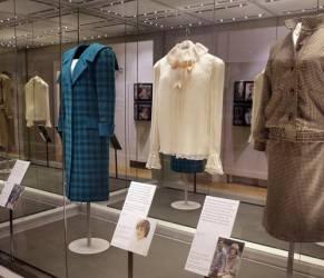 Kate Middleton, omaggio a Lady Diana: abiti della principessa in mostra