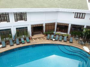 Areca Lodge pool
