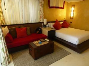 Buri Rasa Village bedroom