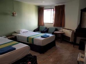 Sawasdee Siam Hotel Pattaya room