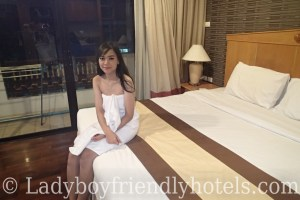 admiral suites ladyboy friendly hotel