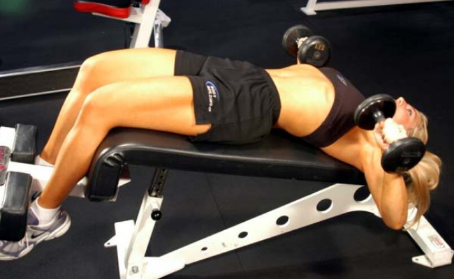 Decline Bench Press (4 SETS with 3 Reps each)