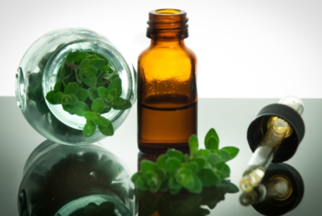 Utilize Oregano Oil