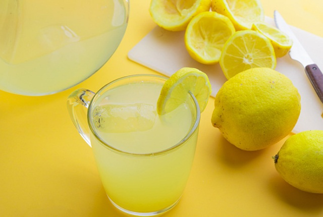 Fresh Lemon Extract Beverage