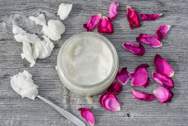 Warm Coconut Oil And Rose Water Liquid Pack