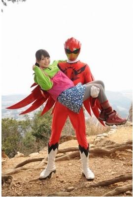『動物戦隊ジュウオウジャー』第13話のゲストは乃木坂46の井上小百合さん