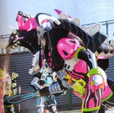 『仮面ライダーエグゼイド』が一気にレベル5にレベルアップ!「ドラゴナイトハンターZガシャット」は4人プレイも可能に!