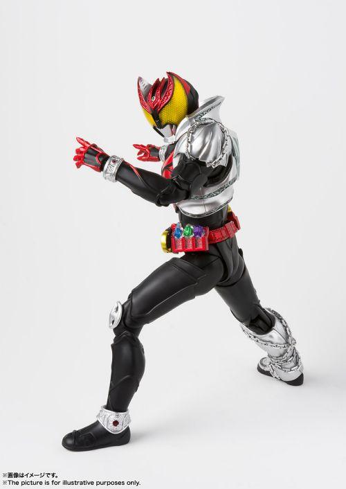 「S.H.Figuarts(真骨彫製法)仮面ライダーキバ キバフォーム」が2019年4月発売
